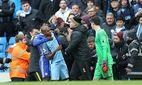 Fußball Manchester City FC Chelsea Gerangel zwischen Spielern beider Teams Fernandinho of Manche / Bild: (c) imago/Sportimage (imago sportfotodienst)