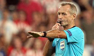v li Schiedsrichter Martin Atkinson gibt Elfmeter Strafstoß penalty kick Aktion Action Fussb / Bild: (c) imago/foto2press (imago sportfotodienst)