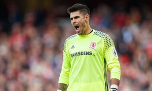 Goalkeeper Victor Valdes of Middlesbrough shouts during the Premier League match between Arsenal and / Bild: (c) imago/BPI (imago sportfotodienst)