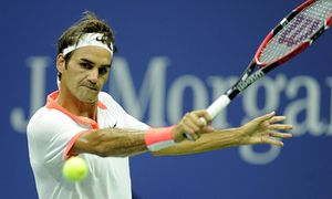 150904 NEW YORK Sept 4 2015 Roger Federer of Switzerland returns a ball during the men s / Bild: (c) imago/Xinhua (imago sportfotodienst)