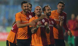Turkey superlig match between Caykur Rizespor and Galatasaray in Rize on 07 November 2015 Final S / Bild: (c) imago/Seskim Photo (imago sportfotodienst)