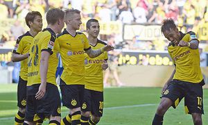 30 08 2015 xjhx Fussball 1 Bundesliga Borussia Dortmund Hertha BSC Berlin emspor v l Pierre / Bild: (c) imago/Jan Huebner (imago sportfotodienst)