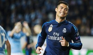 Real Madrids Cristiano Ronaldo jublar efter 2 0 målet under fotbollsmatchen i Champions League mella / Bild: (c) imago/IBL (imago sportfotodienst)