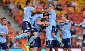 A-League Rd 3 - Brisbane v Sydney / Bild: (c) Getty Images (Bradley Kanaris)