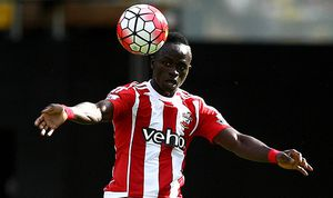 Sadio Mane of Southampton in action during the Barclays Premier League match Watford and Southampton / Bild: (c) imago/BPI (imago sportfotodienst)