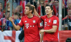04 10 2015 xovx Fussball 1 Bundesliga FC Bayern München Borussia Dortmund emspor v l Thomas / Bild: (c) imago/Jan Huebner (imago sportfotodienst)