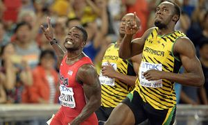 BEIJING CHINA US Justin Gatlin and Jamaica s Usain Bolt celebrate after winning the final race / Bild: (c) imago/Belga (imago sportfotodienst)