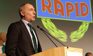 SOCCER - BL, Rapid general meeting / Bild: (c) GEPA pictures/ Walter Luger