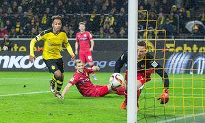 Dortmund Torwart Przemyslaw Tyton VfB Stuttgart 22 chancenlos beim Tor zum 3 1 Borussia Dortmund v / Bild: (c) imago/Eibner (imago sportfotodienst)
