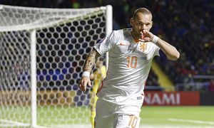 Wesley Sneijder of Holland during the EURO 2016 qualifying match between Kazachstan and The Netherla / Bild: (c) imago/VI Images (imago sportfotodienst)