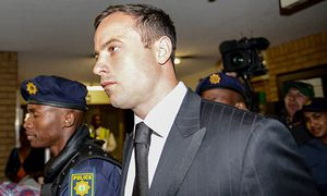141021 PRETORIA Oct 21 2014 Oscar Pistorius C arrives at the North Gauteng High Court i / Bild: (c) imago/Xinhua (imago sportfotodienst)