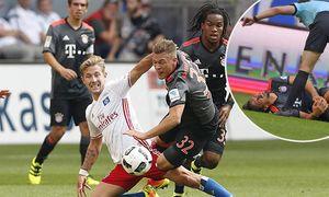 Lewis HOLTBY HSV 8 Zweikampf Aktion um den Ball gegen Joshua KIMMICH FCB 32 HAMBURGER SV FC BA / Bild: (c) imago/ActionPictures (imago sportfotodienst)