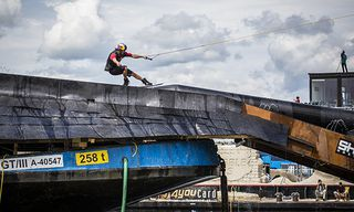 Dominik Hernler - Action / Bild: (c) Philipp Greindl