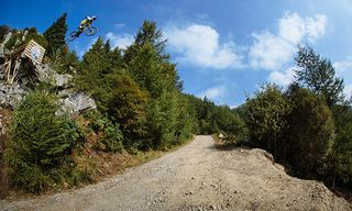 Gee Atherton - Action / Bild: (c) Duncan Philpott / Red Bull Content Pool
