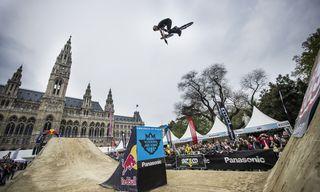 Szymon Godziek - Action / Bild: (c) Stefan Voitl