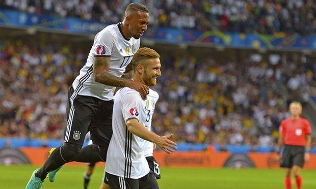 12 06 2016 Fussball EM 2016 Frankreich Vorrunde Deutschland Ukraine im Stade Pierre Mauroy in / Bild: (c) imago/MIS (imago sportfotodienst)