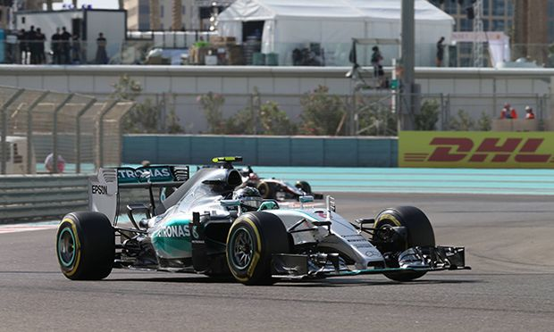 Motorsports FIA Formula One World Championship WM Weltmeisterschaft 2015 Grand Prix of Abu Dhabi / Bild: (c) imago/HochZwei (imago sportfotodienst)