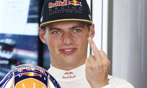 Bilder des Tages SPORT Formel 1 GP von Belgien Max Verstappen zeigt den Mittelfinger Motorsports / Bild: (c) imago/HochZwei (imago sportfotodienst)