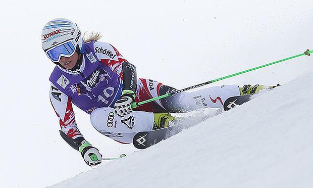 ALPINE SKIING - FIS WC Soelden, GS, women / Bild: (c) GEPA pictures/ Mario Kneisl