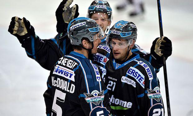 ICE HOCKEY - EBEL, Black Wings vs Bozen / Bild: (c) GEPA pictures/ Florian Ertl
