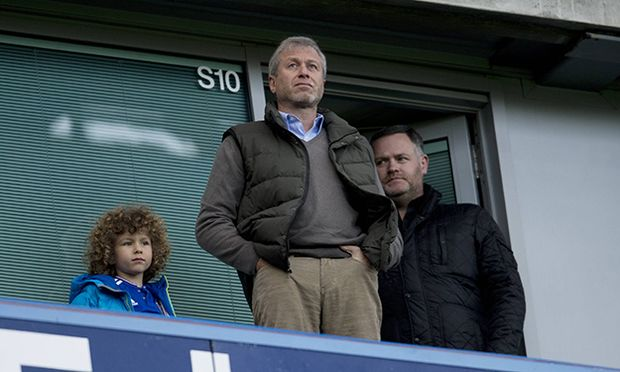 Roman Abramovich in the stand during the Emirates FA Cup Third Round match between Chelsea and Scunt / Bild: (c) imago/BPI (imago sportfotodienst)