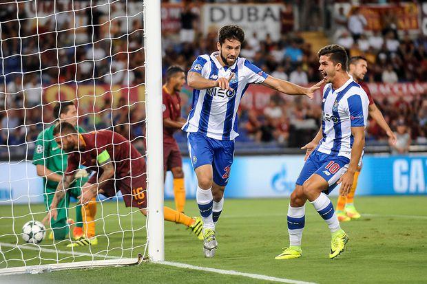 August 23 2016 Rome Italy Felipe of Porto celebrates scoring his side first goal during the UE / Bild: (c) imago/ZUMA Press (imago sportfotodienst)