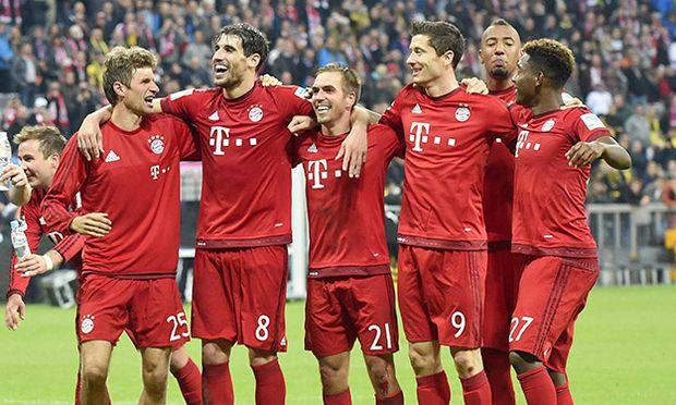 04 10 2015 Fussball 1 Bundesliga 2015 2016 8 Spieltag FC Bayern München Borussia Dortmund in d / Bild: (c) imago/MIS (imago sportfotodienst)