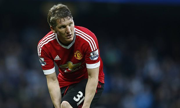 Bastian Schweinsteiger of Manchester United ManU during the Barclays Premier League match at The Eti / Bild: (c) imago/Sportimage (imago sportfotodienst)