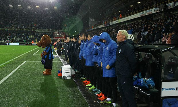 BRUGGE 21 11 15 One minute of silence before the Jupiler Pro league day 16 between Club Brugge and / Bild: (c) imago/Reporters (imago sportfotodienst)