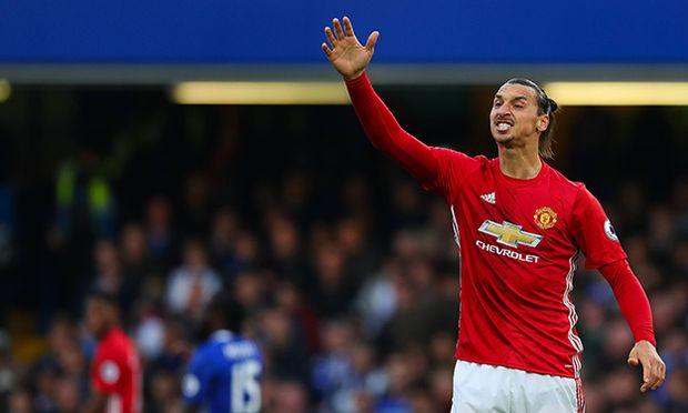 Zlatan Ibrahimovic of Manchester United ManU gestures during the Premier League match between Chelse / Bild: (c) imago/BPI (imago sportfotodienst)